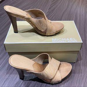 Michael Kors Wooden Heels Size 6 leather upper
